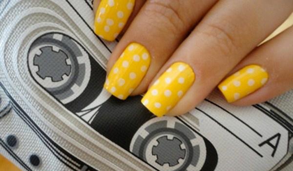 cute_nail_art_yellow_dots-Copy