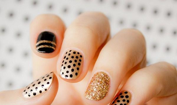 polka-dot-nail-art-design-Copy