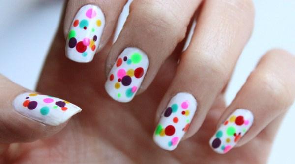 polka-dot-nails-Copy