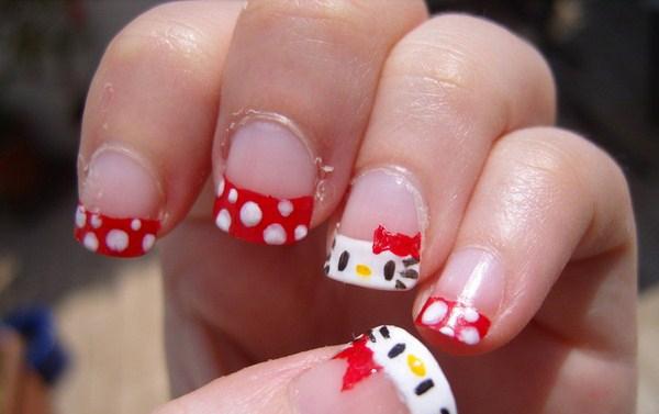 15-hello-kitty-nail-art-Copy
