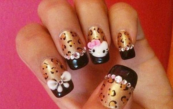 Glamor-Hello-Kitty-Nail-Designs-Copy