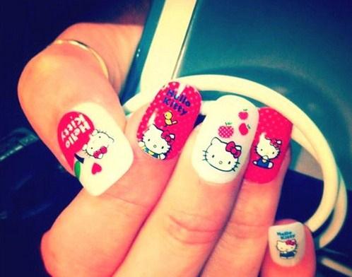 Hello-Kitty-Nails_large-Copy