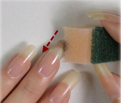 Sponge-Nail-Art-DIY-2