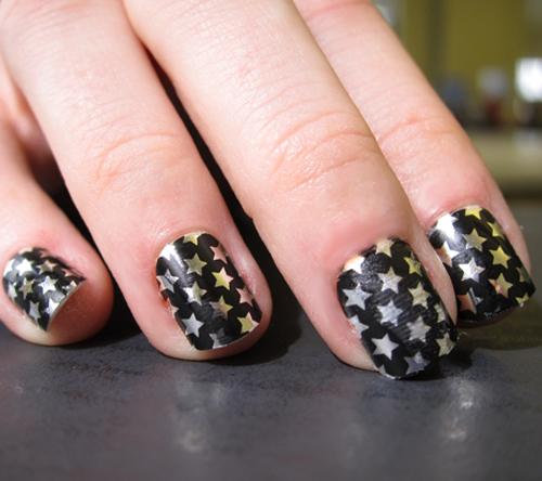 d068289e21fd3362_star-nails