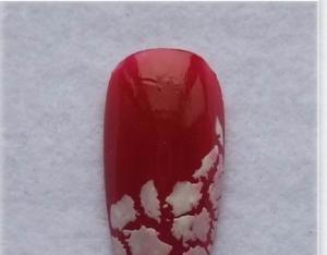 Xmas-Glitter-Nail-Art-300x234