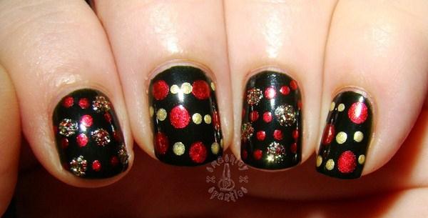 christmas-dotticure-garland-nail-art-002-Copy
