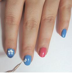 Hawaiian-Hibiscus-Nails-Tutorial