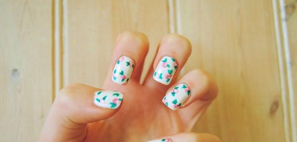 this-fashion-mine-pretty-floral-nails-tutorial-121571-1024x686-Copy