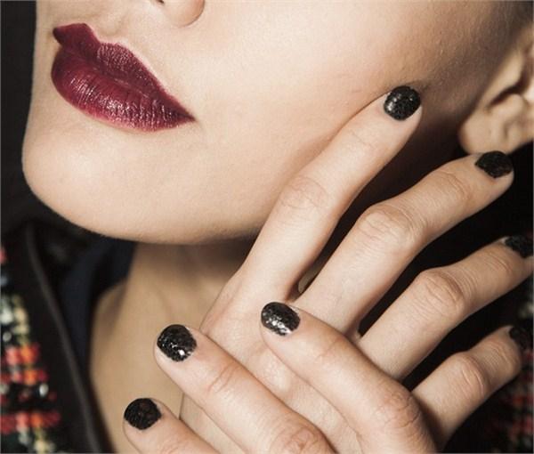 L-Zoya-Zang-Toi-2b-nails (Copy)