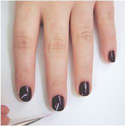 Nail-Art-Tutorial-Purple-Leaves-Nails-Step-2