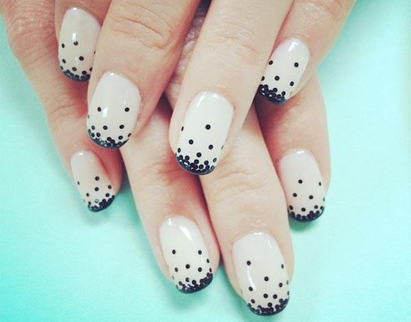 black-dots-gradient-beige-french-nails (Copy)