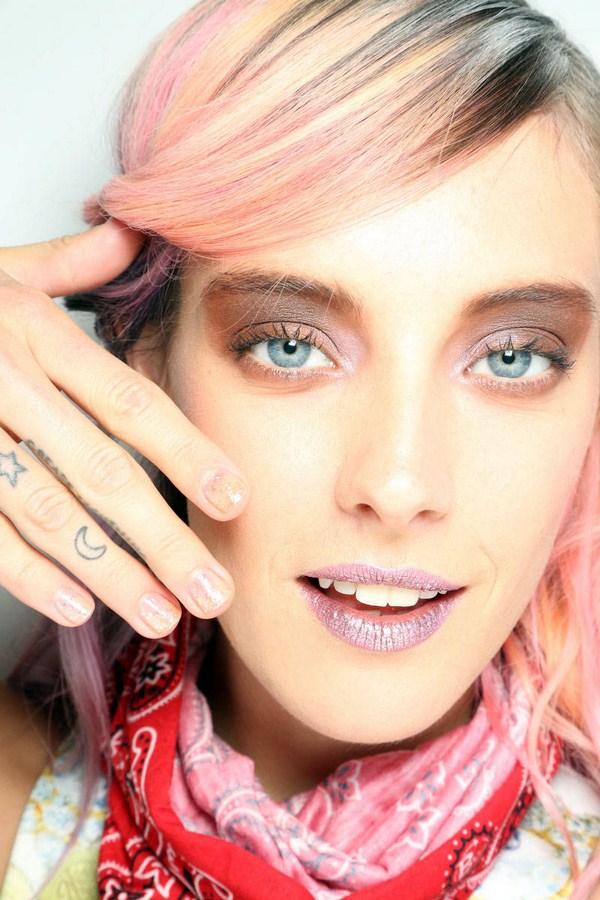 hbz-nail-trends-fw2014-nude-sheer-pink-05-Sally-Hansen-Rodarte-lg (Copy)