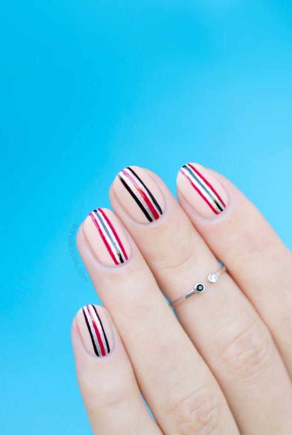 minimalist-nail-art-