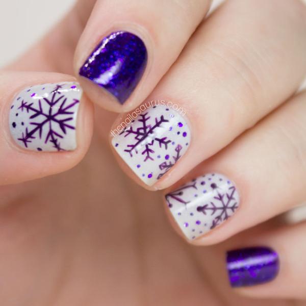freehand-snowflakes-nail-art-01