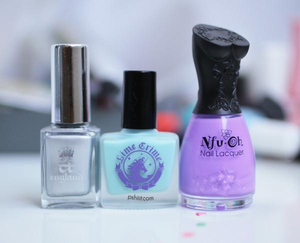 nail-art-graphique-mint-et-lavande