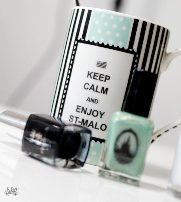 nail-art-mint-blanc-et-noir3