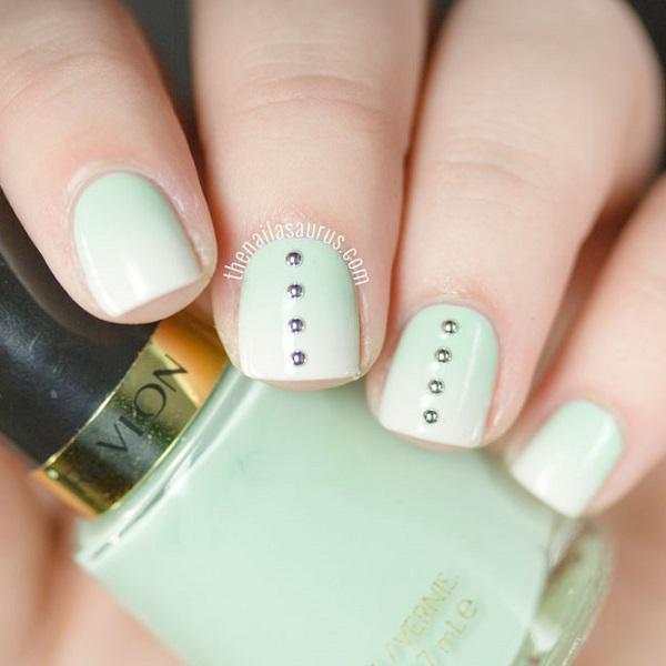 green-white-gradient-nail-art