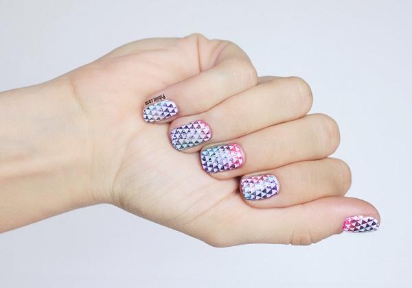 nail-art-mini-triangle10