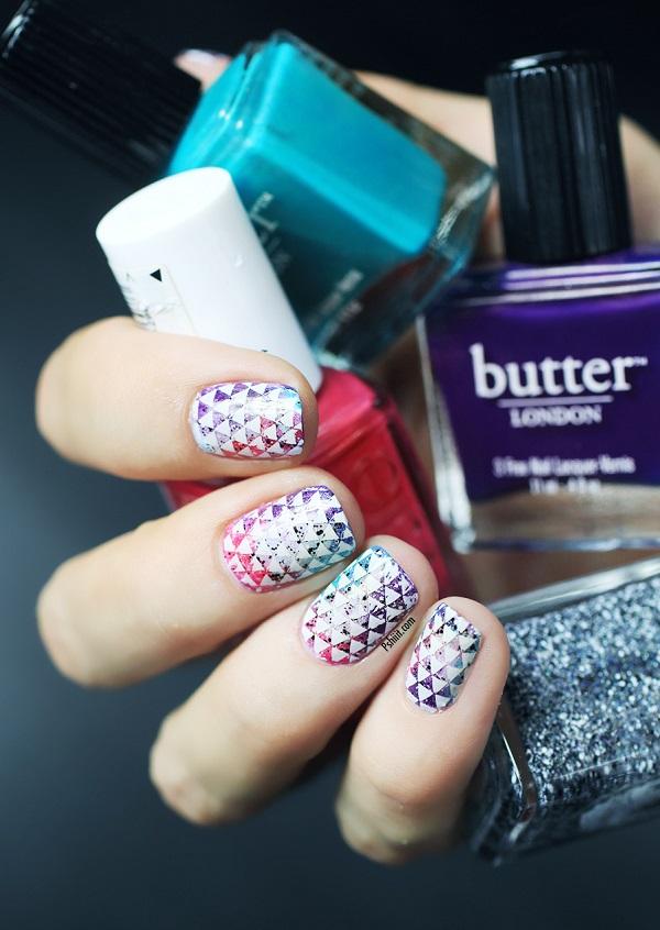 nail-art-mini-triangle11