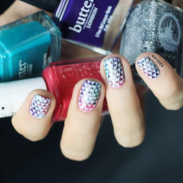 nail-art-mini-triangle8
