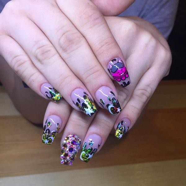 np-july-2016-readers-nail-art-liz-baquedano
