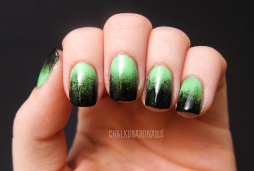 54ff72f1f2717-4-halloween-manicures-xln