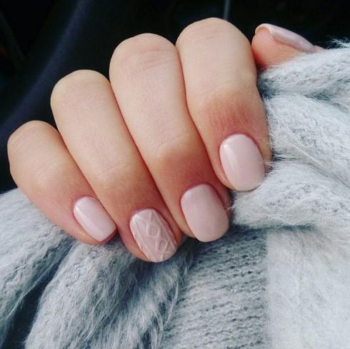 knit-nail-490x489