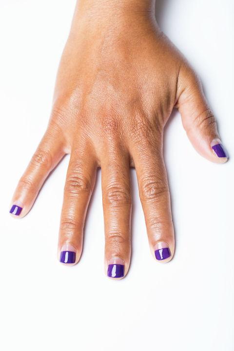 negative-space-nail-art-tutorial-4