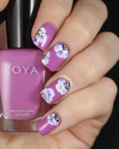zoya-perrie-flower-nail-art-2