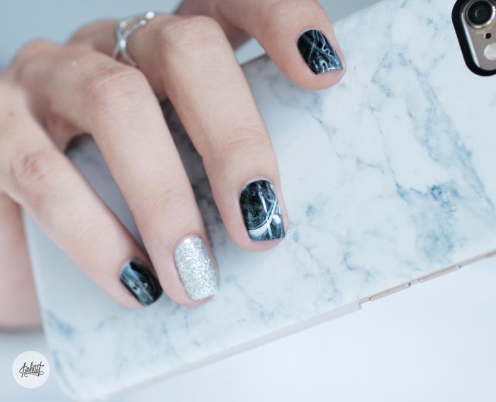 black-marble-nail-art7