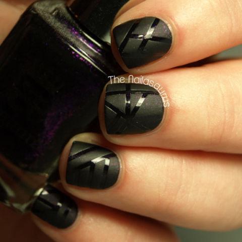 matte-vs-glossy-stripes-matte-nails