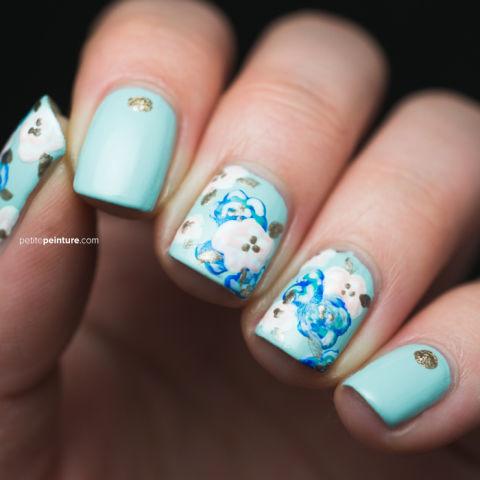 something-blue-manicure-petite-peinture