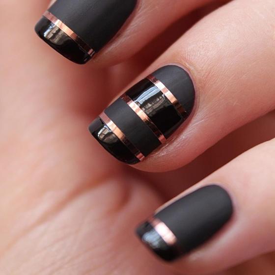 black-matte-shiny-chrome-nails-slide_0