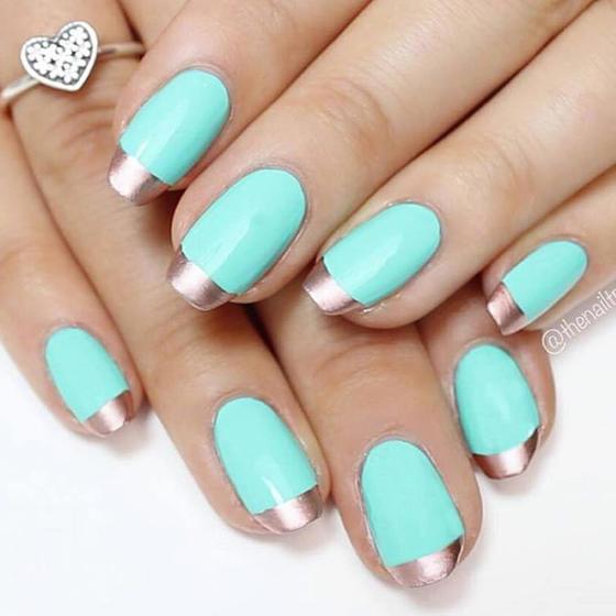 teal-silver-tip-nails-slide_0