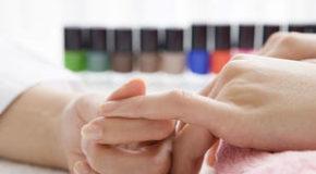 Giúp Móng Quay Về Tự Nhiên Sau Khi Gỡ Bỏ Lớp Acrylics
