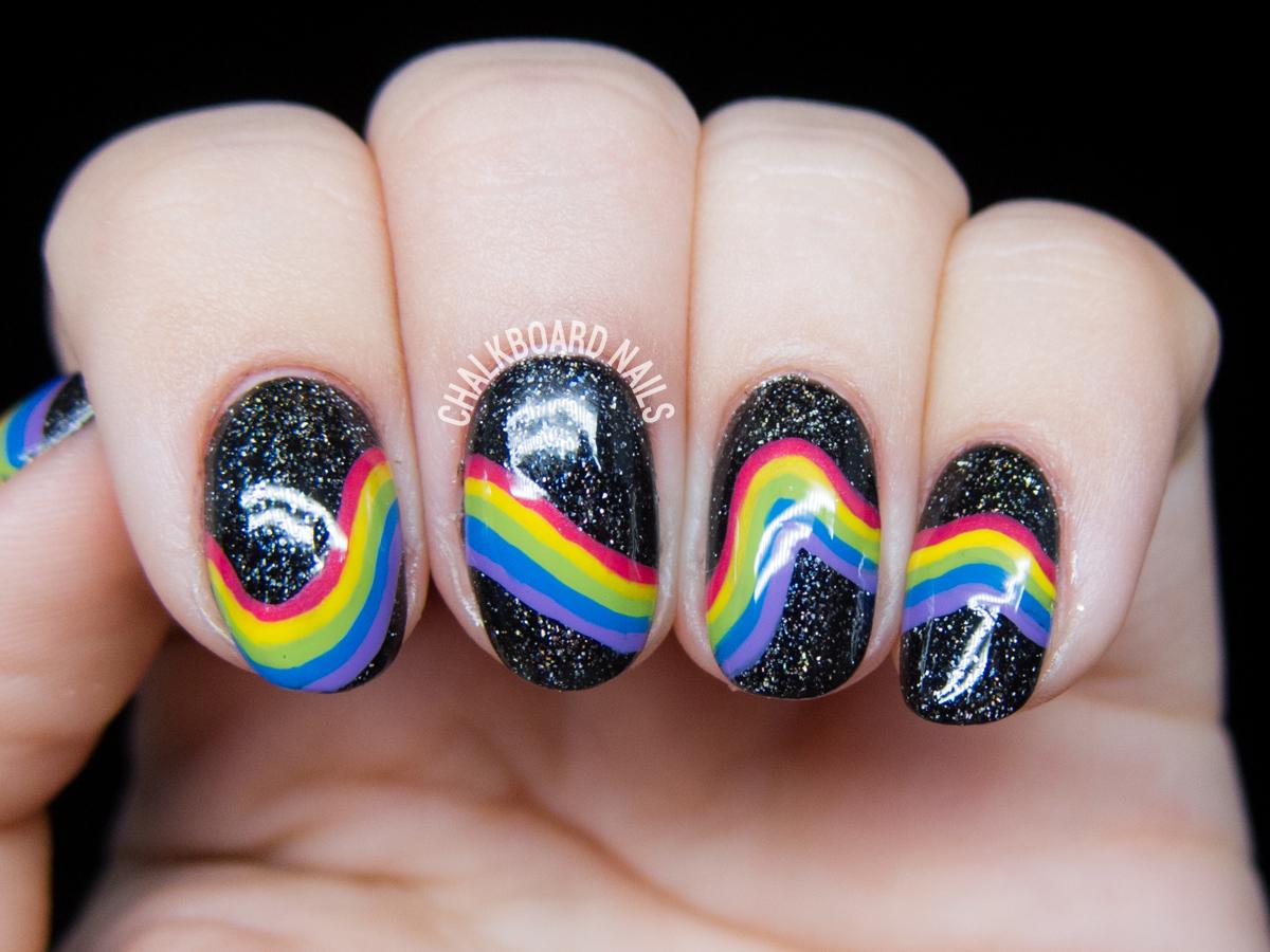 galactic-rainbow-inspired-nail-art-3