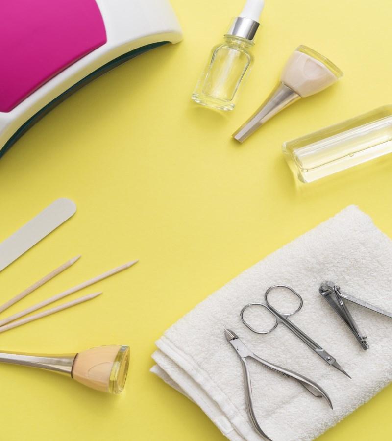 Khử trùng và vệ sinh dụng cụ nail