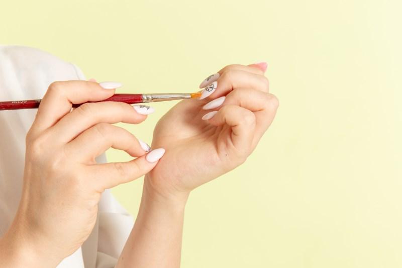 Học nghề vẽ nail có nhiều hướng phát triển.