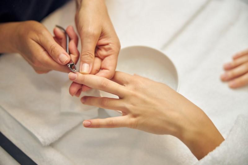 Chương trình dạy học nail phải phù hợp với học viên.