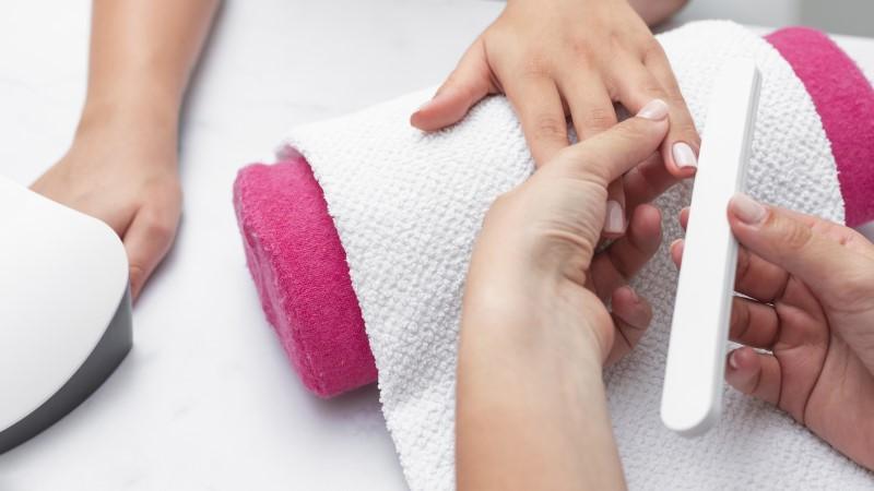 Xã hội đã có ánh nhìn khách quan hơn về nghề làm nail.