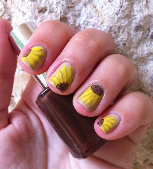 33393-sunflower-nails