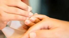 Bảo vệ bộ móng với tinh chất từ tỏi
