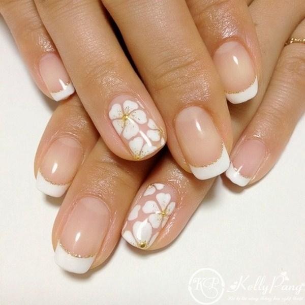 Đẹp Tinh Tế với Móng Màu Trắng easy-flower-white-nail-art (Copy ...