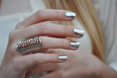 nail-metalic-1