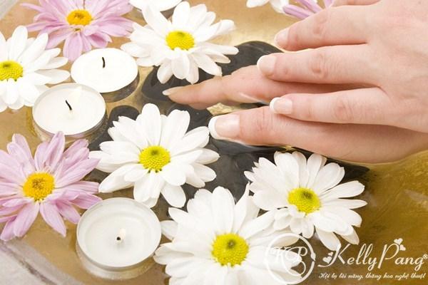 nails (Copy)