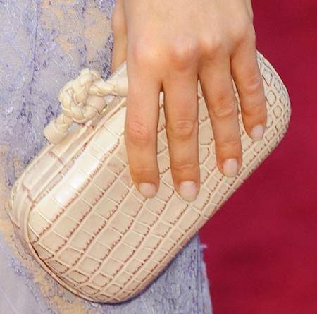 nude-Mila Kunis