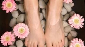 9 bước để chăm sóc móng chân đúng cách