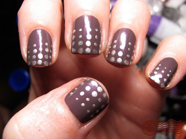 polka-dots-nail-art1 (Copy)