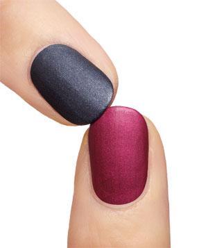 trend-pick-nail-polish_300